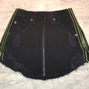 CARMAN new with tags mini skirt
